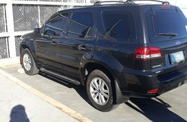 Selling Used Ford Escape 2011 at 77000 km in Taytay