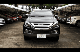 Blue Isuzu Mu-X 2018 SUV / MPV at 31811 for sale