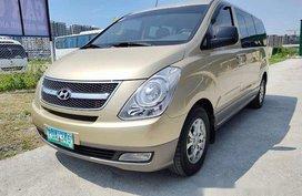 Used Hyundai Grand Starex 2011 at 41000 km in Manila