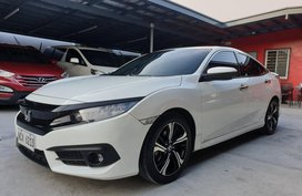 White Honda Civic 2016 RS Turbo Automatic in Las Pinas