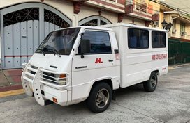 1997 Mitsubishi L300 fb 45000 kms only manual diesel like new best buy for sale in Manila