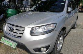 Sell 2nd Hand 2010 Hyundai Santa Fe in Las Pinas