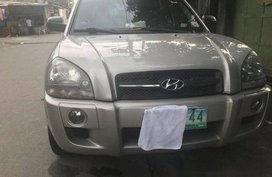 Selling Hyundai Tucson 2006 at 116000 km
