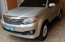 Selling Silver Toyota Fortuner 2012 at 100000 km