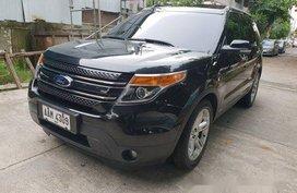 Selling Black Ford Explorer 2014 at 40000 km