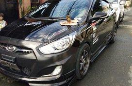 Selling Black Hyundai Accent 2014 Manual Gasoline at 86000 km