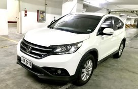 Sell White 2015 Honda Cr-V Automatic in Quezon City
