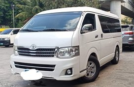 Sell Used 2013 Toyota Hiace Automatic Diesel in Makati