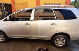 Selling 2nd Hand Toyota Innova 2006 Manual Gasoline