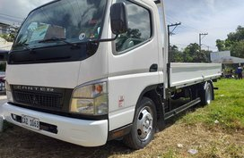 White 2019 Mitsubishi CanterA Truck for sale in Santa Maria
