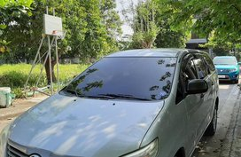 2014 Toyota Innova at 80000 km for sale