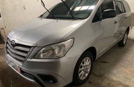 Selling Silver Toyota Innova 2015 Suv