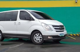White 2010 Hyundai Grand Starex at 69000 km for sale