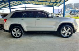 Jeep Grand Cherokee 2012 for sale in Makati