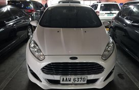 Sell White 2014 Ford Fiesta Hatchback in Pasig