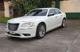 White Chrysler 300c 2014 Automatic Gasoline for sale