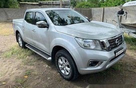 Selling Nissan Frontier navara 2016 Automatic Diesel at 70 km