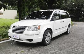 2011 Chrysler Town And Country for sale in Quezon City