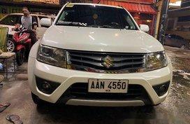 White Suzuki Grand Vitara 2014 Automatic Gasoline for sale