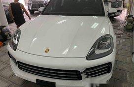 Selling White Porsche Cayenne 2019 Automatic Gasoline