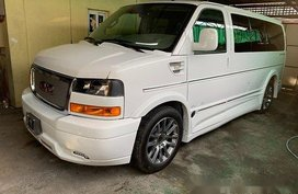 White GMC Savana 2019 Automatic Gasoline for sale