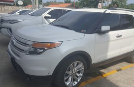 White Ford Explorer 2013 for sale in Cebu City