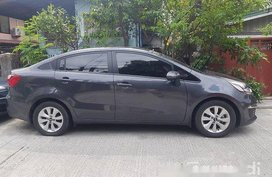 Selling Grey 2016 Kia Rio at 24500 km