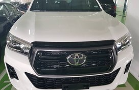 White 2018 Toyota Hilux Truck for sale in Manila