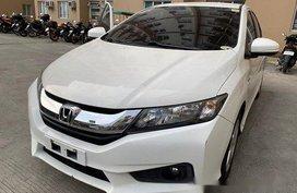 Selling White Honda City 2016 at 73000 km