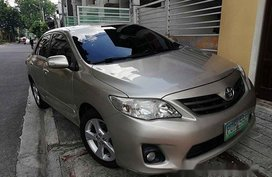 Sell Beige 2012 Toyota Corolla Altis at 75000 km