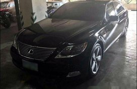 Black Lexus Ls 460 2009 at 10000 km for sale