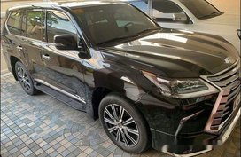 Selling Black Lexus Lx 2018 at 3000  km