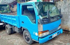 Blue Isuzu Elf 2017 for sale in Quezon City