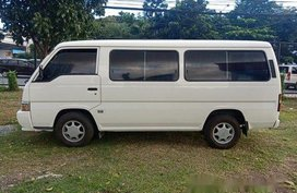 Selling Nissan Urvan 2015 Manual Diesel