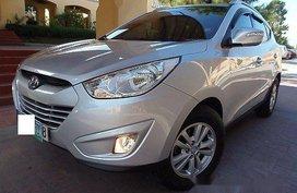 Sell 2012 Hyundai Tucson at Automatic Gasoline at 30000 km