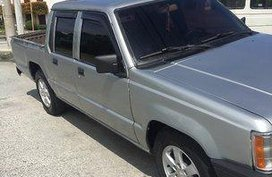 1990 Mitsubishi L200 at 100000 km for sale