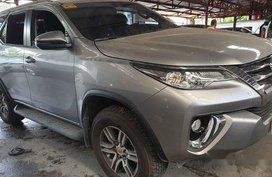 Selling Silver Toyota Fortuner 2018 Automatic Diesel at 2000 km