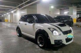 Selling White Suzuki Swift 2010 Manual Gasoline at 115000 km