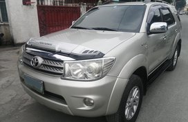 Fortuner toyota G 2010 - 7 to 9 seater