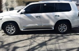 Used 2017 Toyota Land Cruiser VX Dubai