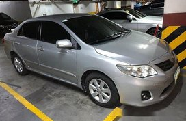 Silver Toyota Corolla Altis 2013 at 121000 km for sale