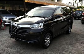 Selling Black Toyota Avanza 2017 in Pasig