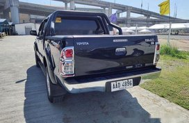 Sell Black 2014 Toyota Hilux in Paranaque