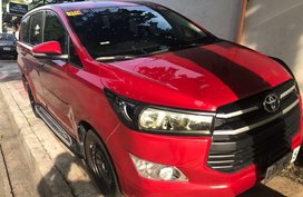 Selling Red Toyota Innova 2017