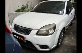 Selling Kia Rio 2010 Sedan Manual Gasoline