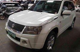 Selling White Suzuki Grand Vitara 2007 in Marikina