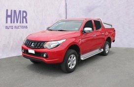 Selling Red Mitsubishi Strada 2018 in Manila