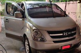 Sell 2009 Hyundai Grand Starex in Parañaque
