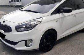 2015 Kia Carens CRDI Automatic in Quezon City
