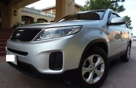 Fuel Efficient 2014 Kia Sorento LX Diesel AT